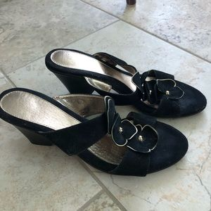 """SOFFT OPEN SANDAL BLACK SUEDE WITH GOLD 3"""" Heel"""